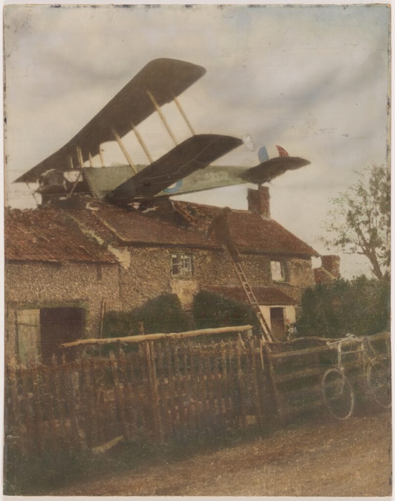 British WW1 aircraft crashed on roof of house.