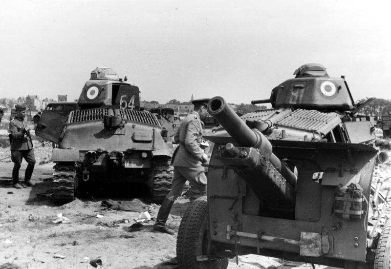 French Somua S35 Tanks near Dunkirk, 1940