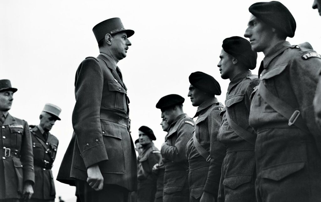 Charles de Gaulle inspects Free French soldiers.